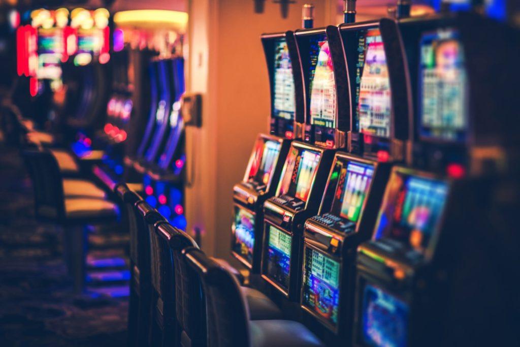 Adaptation d'un programme de fidélisation aux spécificités des clients d'un parc de casinos physiques